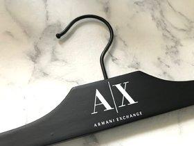 Knijperhanger 'All Black' met zwarte haak en knijpers